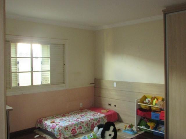 Casa em lote de mais de 1000 m2 - Foto 5