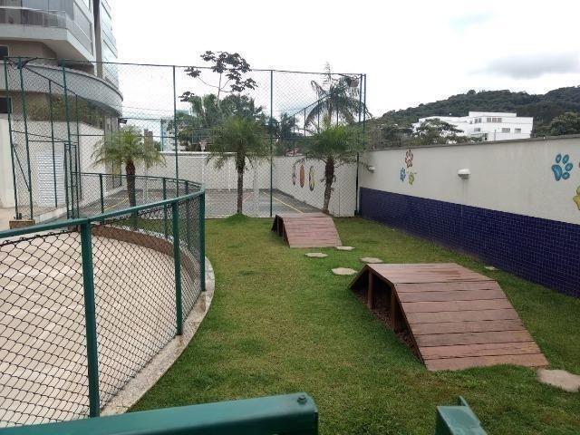 Lindo apto com 3 suítes, localizado numa das regiões mais bonita e valorizada de Joinville - Foto 19