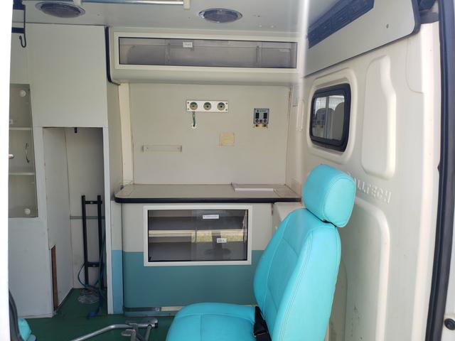 Ambulancia renalt master - Foto 4