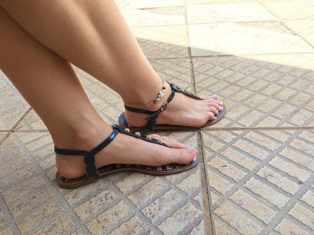 Sandália rasteirinha azul Mariotta - Foto 3