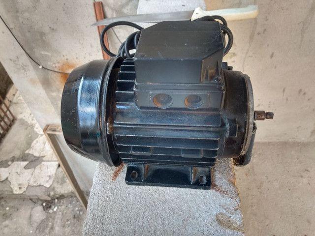 Motor elétrico 1cv