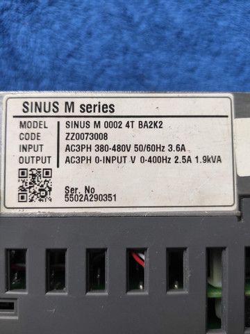 Inversor de frequência Sinus M 1,5CV 380V - Foto 3