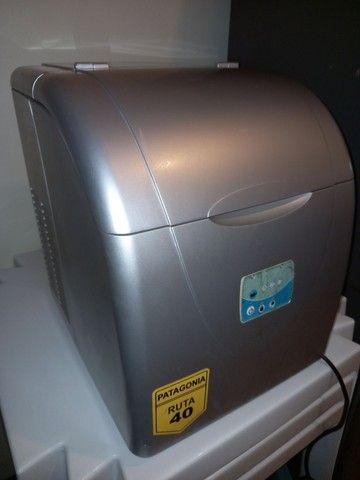 Vendo maquina de gelo suggar