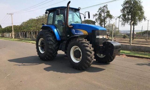 Trator New Holland TM 7040 4x4