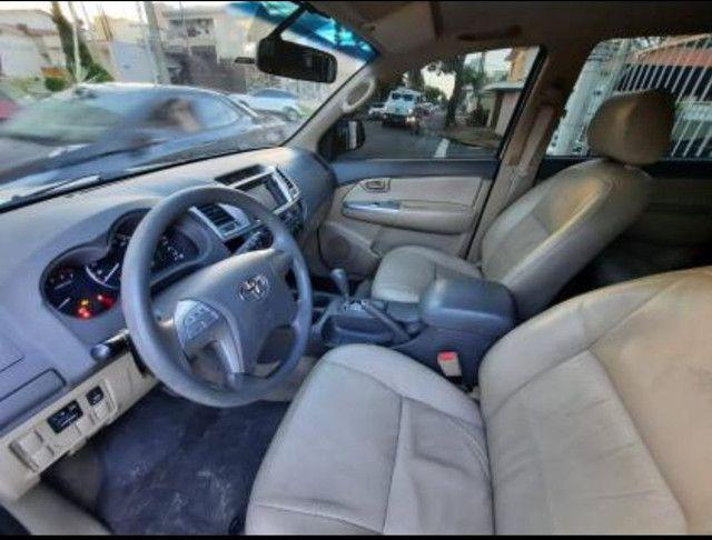 Toyota Hilux SW4 2.7 16V SR Flex Automático 5 lugares 2013 - Foto 6