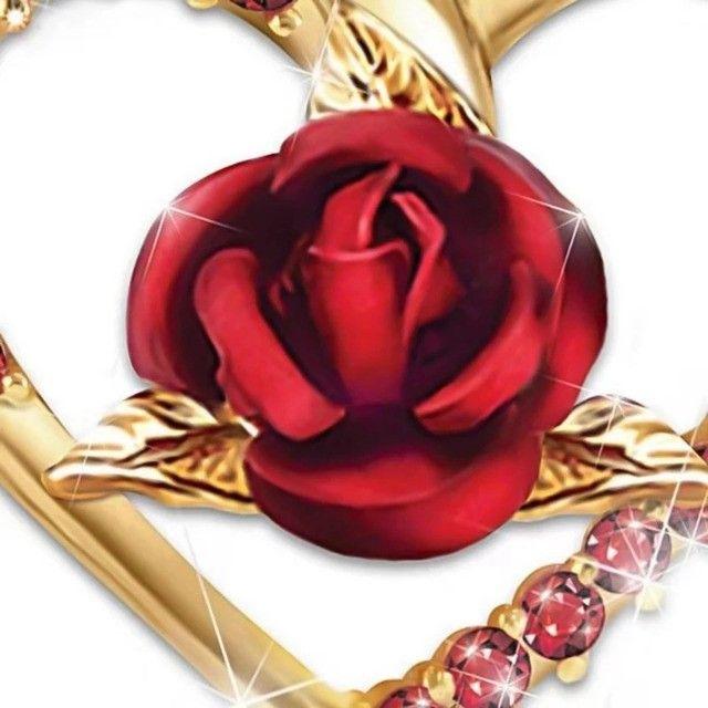Colar/gargantilha coração rosa vermelha - Foto 6