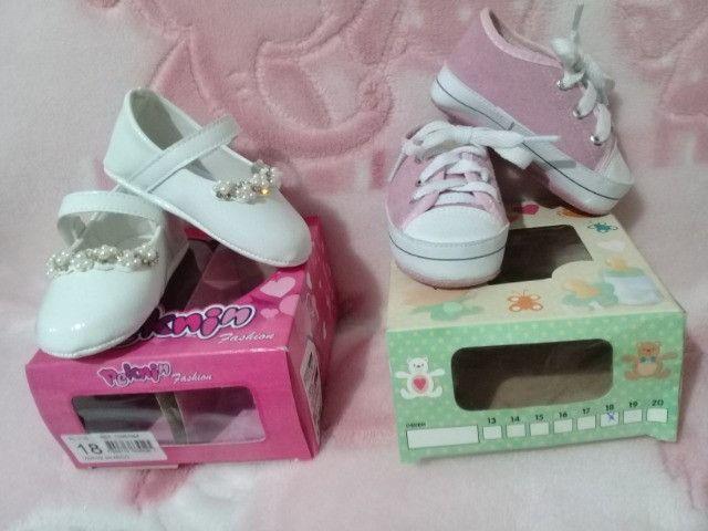 Lote menina 9 pares calçados número 18 - Foto 6