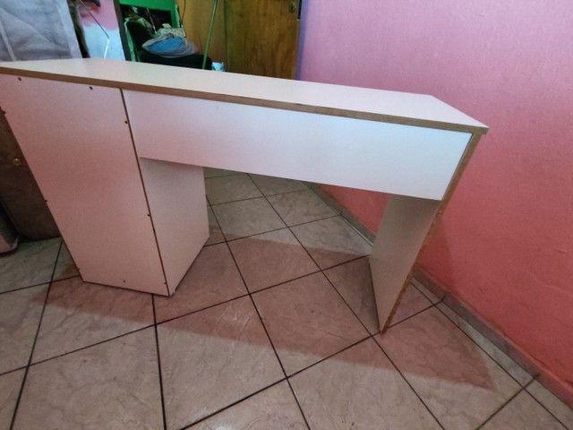 Mesa de estudo. - Foto 2