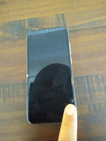 Note 8 64 4 de ram , leve trincado na tela  - Foto 2