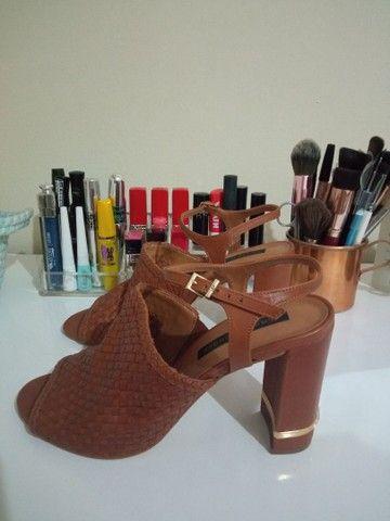 Sandália de couro tamanho 37 - Jorge Bischoff - Nova! - Foto 3