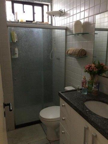 RB 079 Apartamento para venda possui 94 metros quadrados com 3 quartos em Casa Amarela - Foto 9