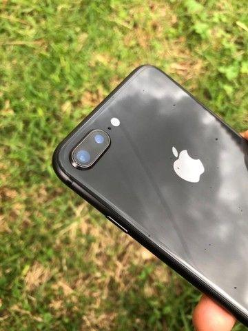 iPhone 8plus de 64 gb novo de vitrine  - Foto 2