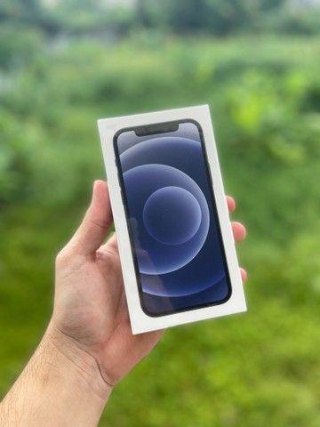 iPhone 12 128gb Branco Preto NF Lacrado - Foto 3