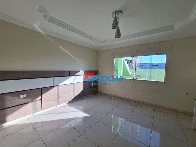 Sobrado com 5 dormitórios à venda, 300 m² por R$ 950.000,00 - Nossa Senhora das Graças - P - Foto 15