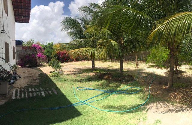 Casa duplex para venda tem 146m2 com 4 suítes próximo a praia da Caponga - Cascavel - CE - Foto 17