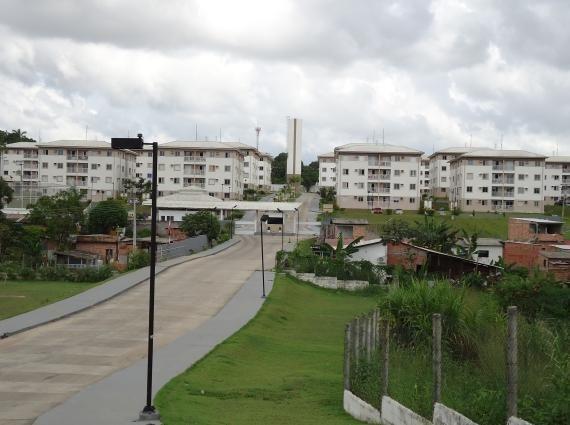 Cond. Vivenda da Cidade 03 quartos s/01 suíte reformado