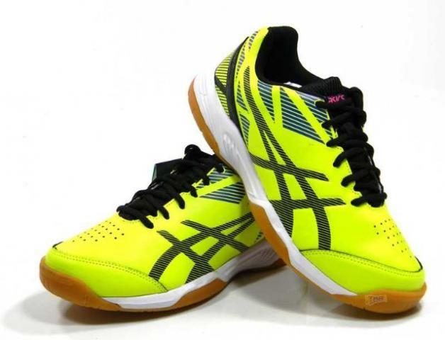 6645046834 Chuteira Asics Futsal Toquebr amarelo tam  38 43 - Esportes e ...