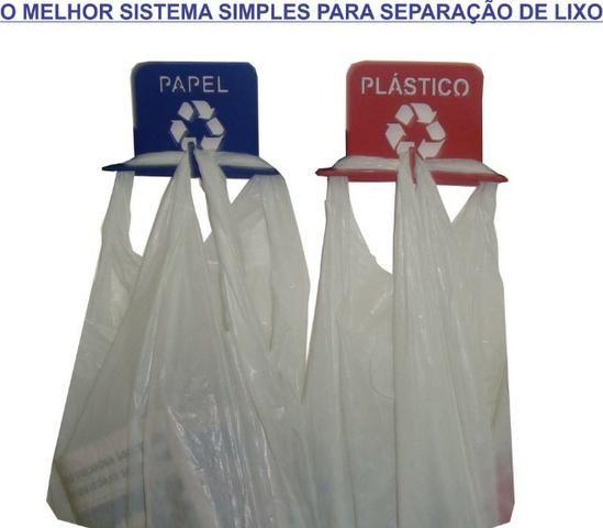 Suporte lixeira pendurador-Separação de lixo compacto