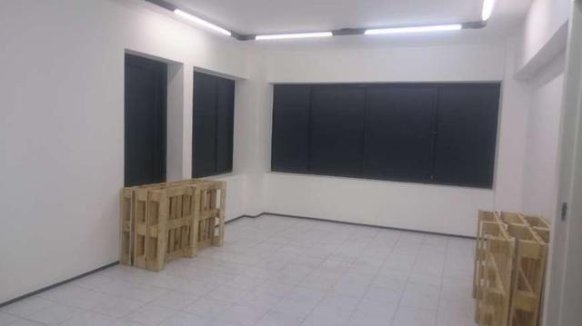 Sala Comercial para aluguel e venda. No edificio top center Com 206 m2 em Meireles - Forta - Foto 3