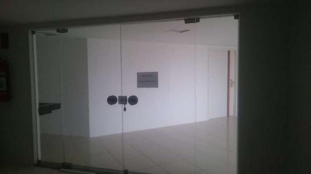 Sala Comercial para aluguel e venda. No edificio top center Com 206 m2 em Meireles - Forta - Foto 9