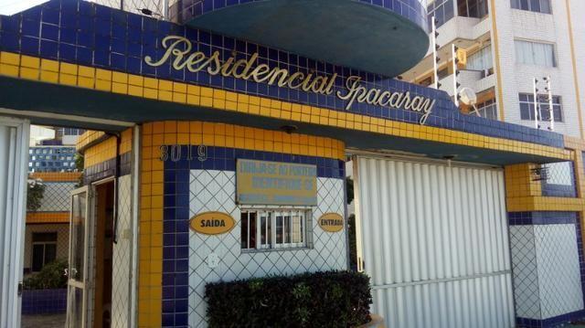 Apartamento com 3 Quartos para Alugar, 130 m² por R$ 800/Mês