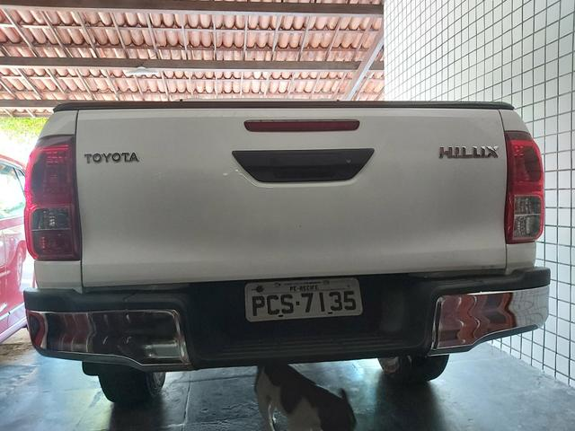 TOYOTA HILUX SR 4x4 2017 DIESEL COMPLETO - Foto 10