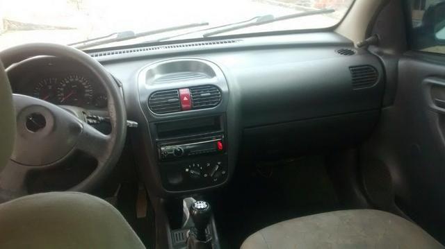 Corsa Hatch 1.0 - Foto 4