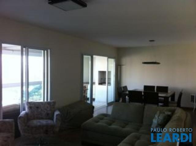 Apartamento à venda com 3 dormitórios em Panamby, São paulo cod:416631