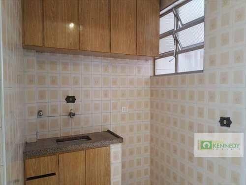 Venda um dormitório com elevador e vaga de garagem - Foto 5
