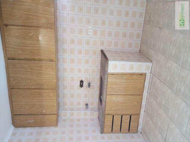 Venda um dormitório com elevador e vaga de garagem - Foto 3
