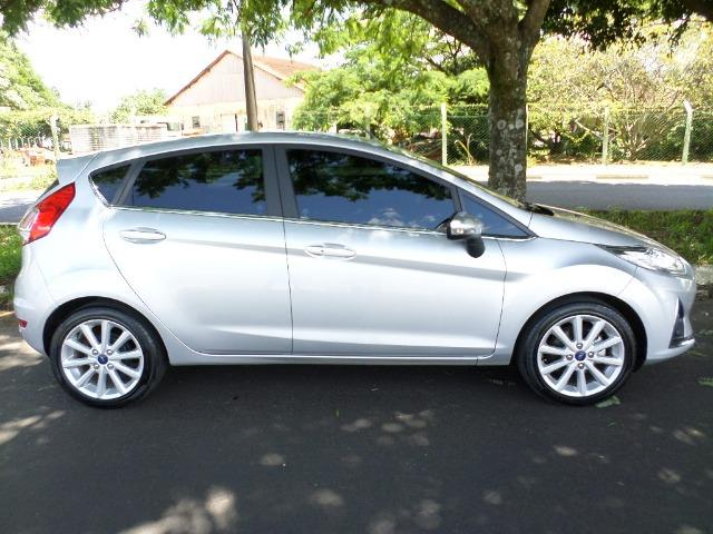 New Fiesta Hatch Titanium 1.6 Flex AT - Foto 8