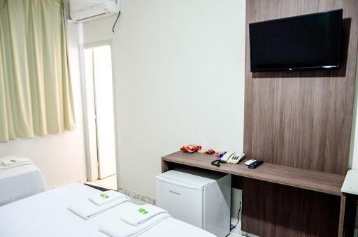 Hotel com 30 dormitórios à venda, 1709 m² por R$ 10.000.000,00 - Centro - Patos de Minas/M - Foto 15
