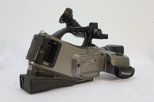 )- Câmera Profissional Panasonic 750x - Foto 3