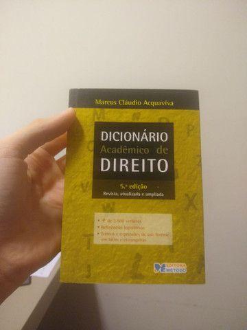 Dicionário Acadêmico de Direito