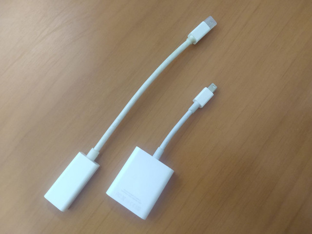Kit adaptadores HDMI e VGA para MacBook ORIGINAIS