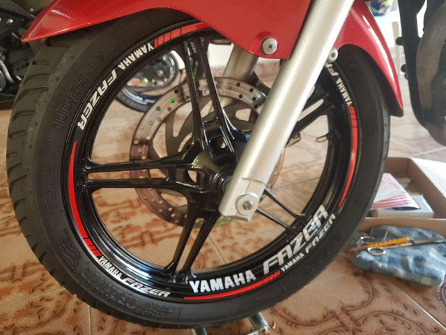 Kit de adesivos e frisos de roda para motos - Foto 4