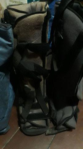Vendo o par de botas ortapédica G vai ate o numero 43 super nova  - Foto 2