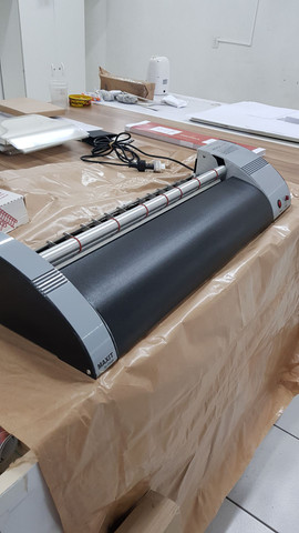 Coladeira tunkers hotmelt para papel e papelao