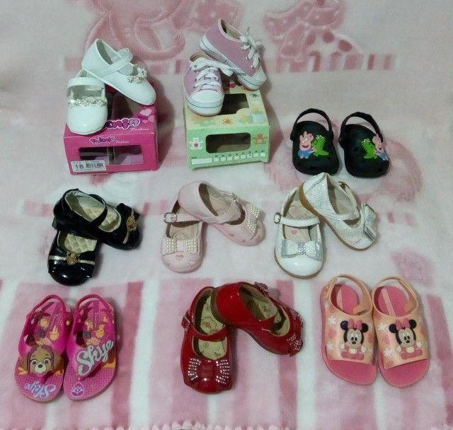 Lote menina 9 pares calçados número 18
