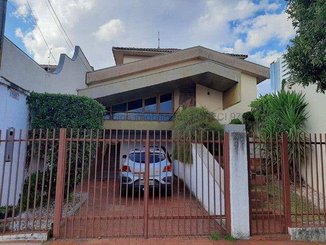 Sobrado para aluguel, 3 quartos, 1 suíte, 2 vagas, Jardim dos Estados - Campo Grande/MS