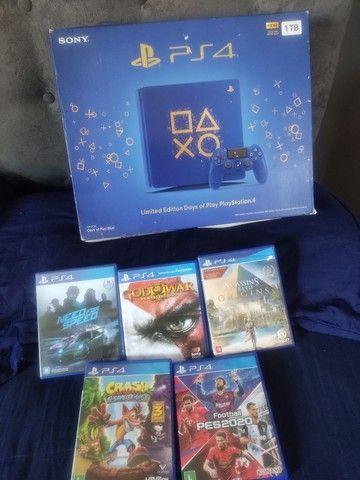 PS4 série limitada 1tb.