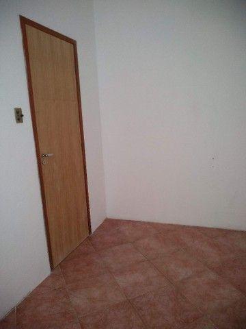 Aluguel casa condomínio fechado Itapuã - Foto 15