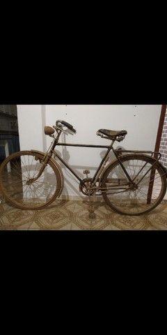 Bicicleta antiga década de 50 - Foto 6