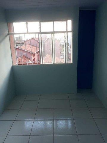 Vendo Apartamento 2 Quartos - CIC - Foto 2
