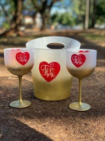 Copos personalizados: 02 taças de gin 600ml degradê+balde degradê personalizados   - Foto 2