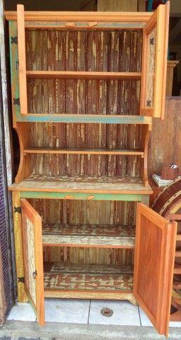 arca com oratória em madeira de demolição ótimo acabamento. - Foto 4