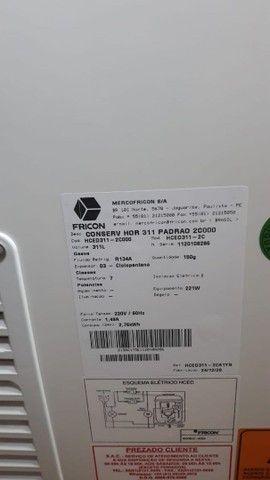 Freezer fricon 311 litros horizontal uma porta  - Foto 2