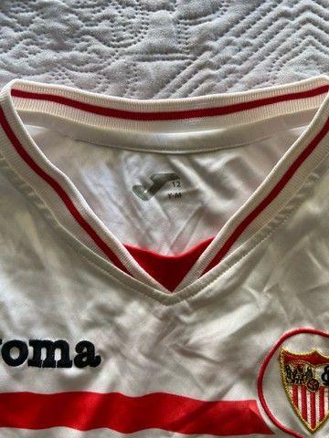 Camisa Oficial Joma (12 anos infantil) - Sevilla time espanhol - Foto 3