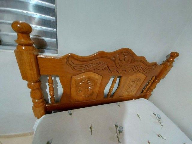 Cama de casal, madeira maciça. - Foto 3