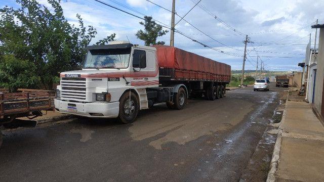 Vendo caminhão scania 112 enganada ls - Foto 3